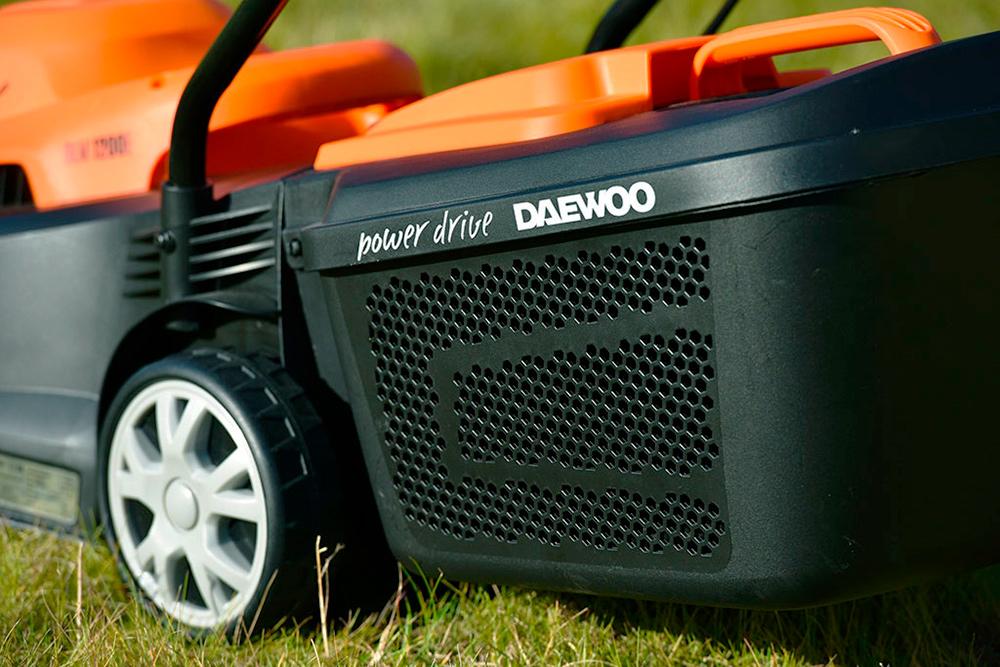 Електрична газонокосарка Daewoo DLM 1200E