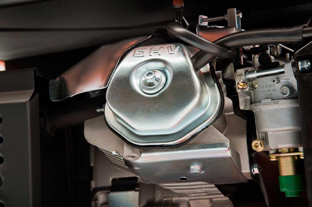 Бензиновий електрогенератор Daewoo GDA 7500DPE-3 (дворежимний 380/220 В)