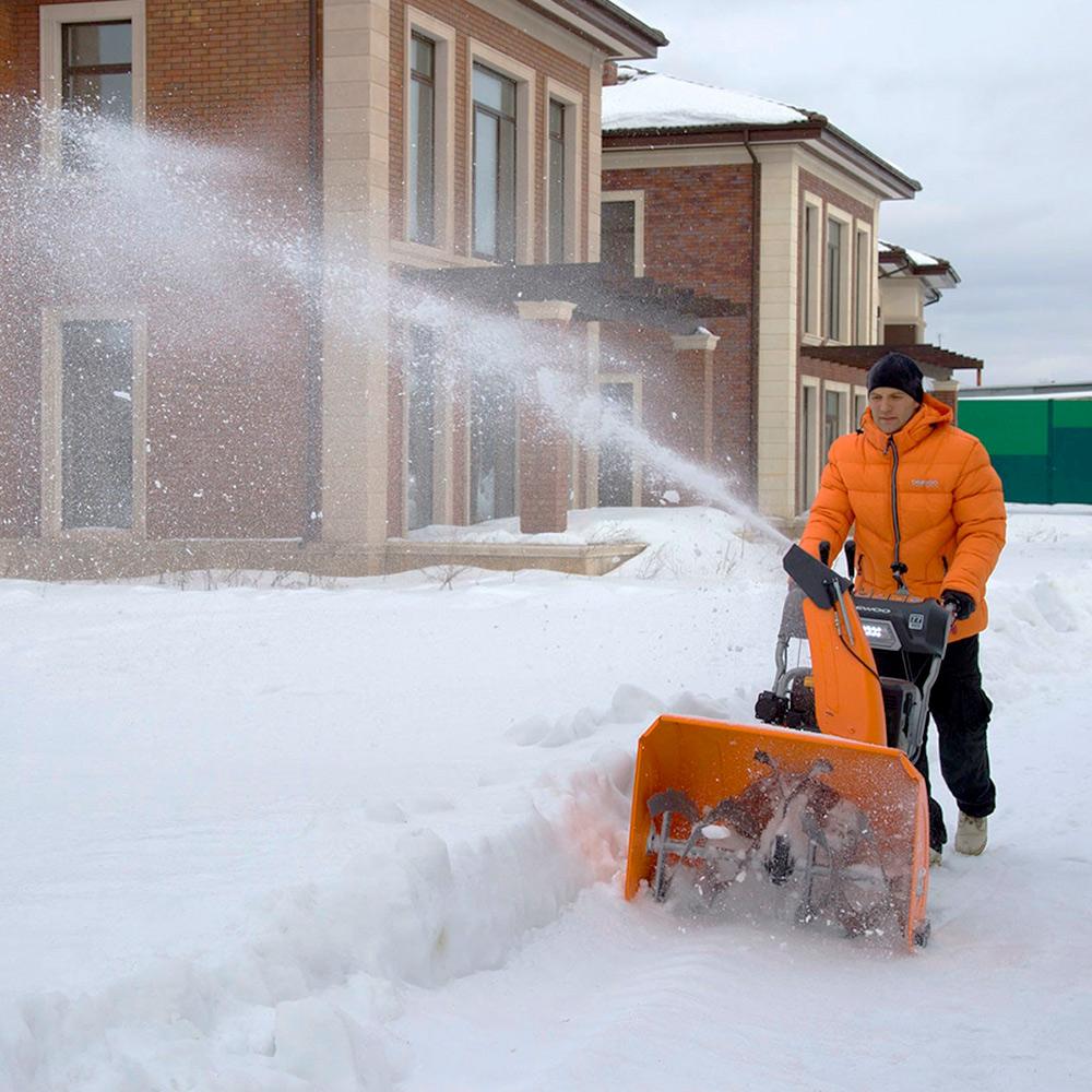 Бензиновий снігоприбирач Daewoo DAST 1080