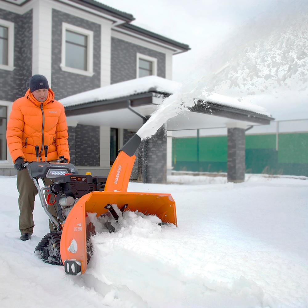 Бензиновий снігоприбирач Daewoo DAST 1590
