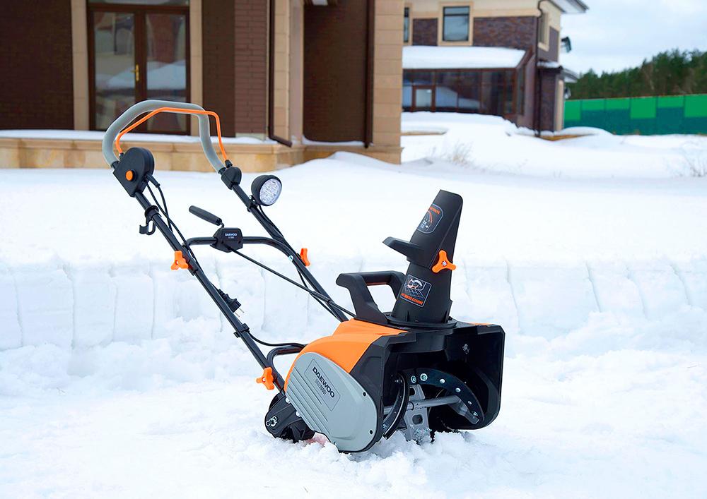 Електричний снігоприбирач Daewoo DAST 2600E