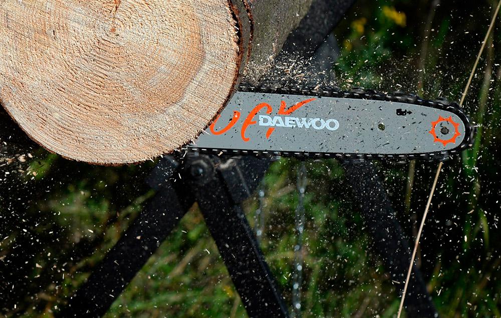 Електрична ланцюгова пила Daewoo DACS 2500E